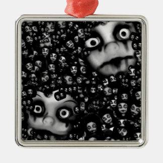 Beängstigende Produkte der dunklen Puppen Quadratisches Silberfarbenes Ornament