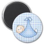 Bébé dans la couverture aimants