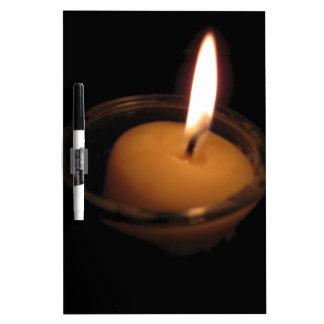 Behalten Sie die Flammen-brennende Kerze Trockenlöschtafel