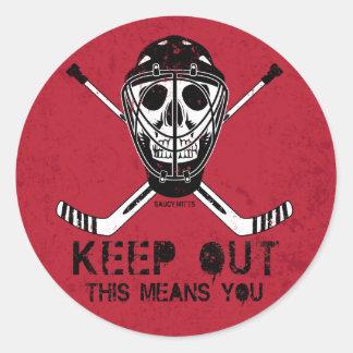 Behalten Sie heraus HockeyGoalie Runder Aufkleber