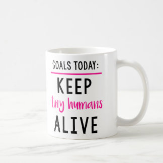 Behalten Sie kleine Menschenlebendige Tasse