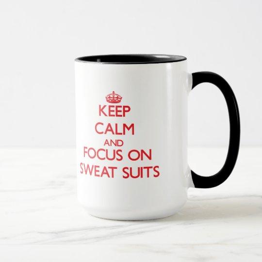Behalten Sie Ruhe und Fokus auf Schweiss-Anzügen Tasse