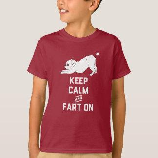 Behalten Sie Ruhe und Furz an mit der niedlichen T-Shirt