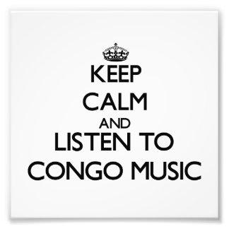 Behalten Sie Ruhe und hören Sie DER KONGO-MUSIK Fotos