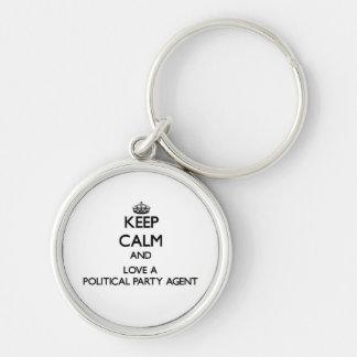 Behalten Sie Ruhe und Liebe ein politischer Schlüsselband