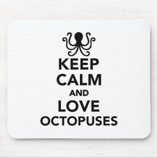 Behalten Sie Ruhe und Liebe Kraken Mousepads