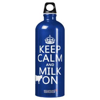 Behalten Sie Ruhe und Milch auf (Kühe) (in allen Wasserflasche