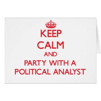 Behalten Sie Ruhe und Party mit einem politischen Grußkarte