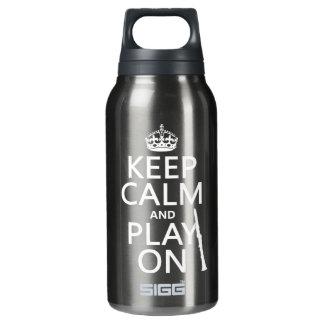 Behalten Sie Ruhe und Spiel auf (Clarinet) Isolierte Flasche