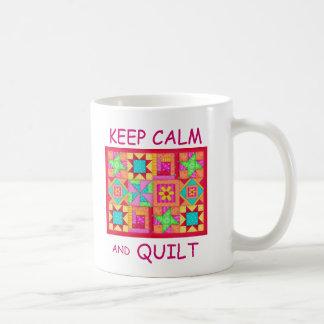 Behalten Sie Ruhe und Steppdecken-multi Kaffeetasse