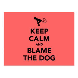 Behalten Sie Ruhe und tadeln Sie den Hund Postkarte