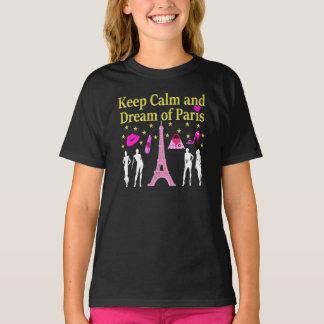 BEHALTEN SIE RUHE UND TRAUM VON PARIS T-Shirt