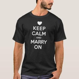 Behalten Sie ruhig, auf dem T - Shirt der Männer