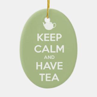 Behalten Sie ruhig und haben Sie Tee-weises Grün Keramik Ornament