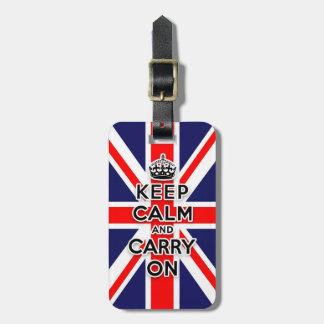 behalten Sie ruhig und machen Sie Gepäckanhänger