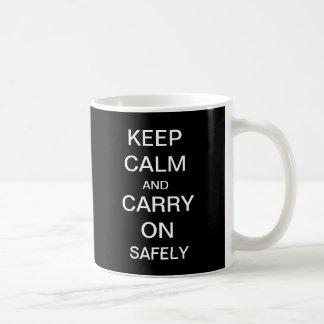 Behalten Sie ruhig und machen Sie Gesundheits-und Kaffeetasse