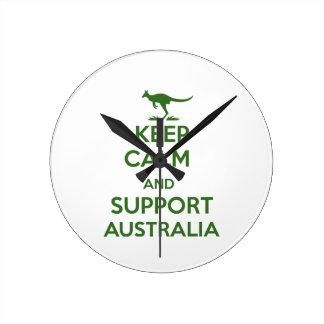 Behalten Sie ruhig und Unterstützung Australien Runde Wanduhr