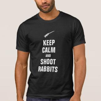 Behalten Sie ruhige und Trieb Kaninchen T-Shirt