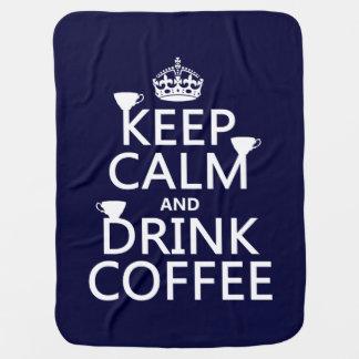 Behalten Sie ruhiger und Getränk-Kaffee - alle Kinderwagendecke
