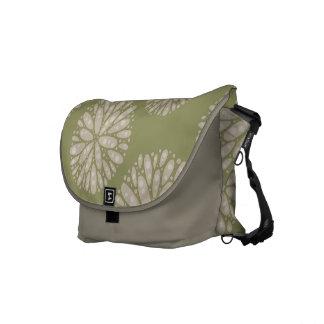 Beige olivgrüne korallenrote Muster-Bote-Tasche Kuriertasche