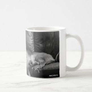Bella das Bluthundschlafen Kaffeetasse