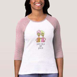 Bella flowy Behälterspitzen-Wellness-Center an T-Shirt