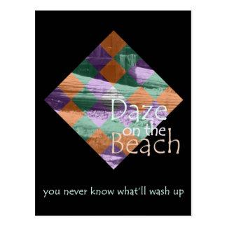 Benommenheit auf der Strand-Postkarte (hoch) Postkarte