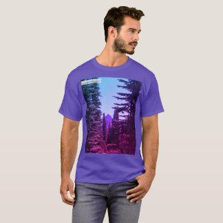 Berggipfel-Spitze T-Shirt
