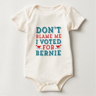 Bernie-Sandpapierschleifmaschinen tadeln mich Baby Strampler