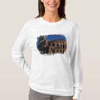 Berühmtes Colosseum in Sehenswürdigkeit Roms T-Shirt