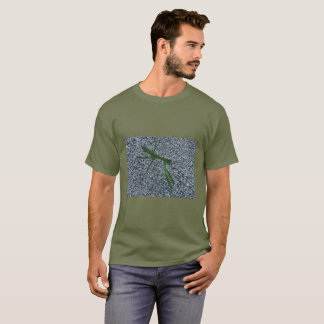 Betender Mantis, der auf Bürgersteigs-T-Shirts T-Shirt
