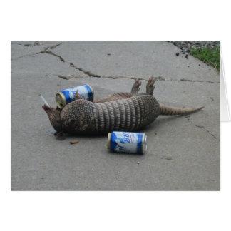 Betrunkenes Armadilla - fertigen Sie besonders an Karte