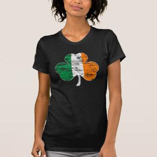 Beunruhigte irisches Flaggen-Kleeblatt-schwere T-Shirt
