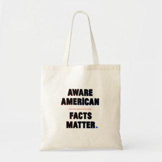 Bewusster Amerikaner. Tatsachen-Angelegenheit. Tragetasche