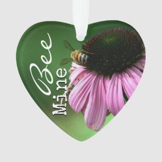Biene auf Blume mit Klischee-Text Ornament