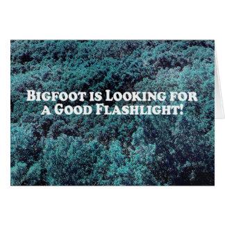 Bigfoot sucht nach einer guten grundlegenden karte