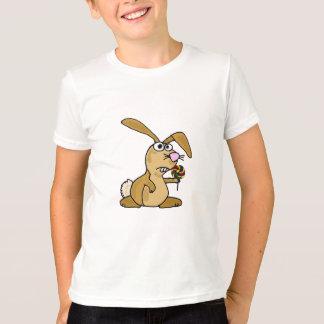 BK-, Häschen, das einen Lutscher-T - Shirt isst