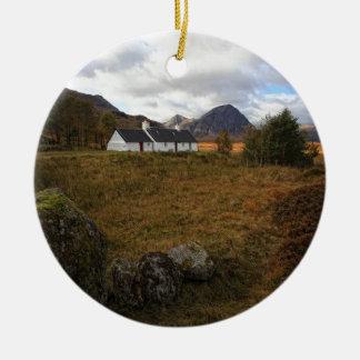 Blackrock Hütte, Glencoe, Schottland Rundes Keramik Ornament