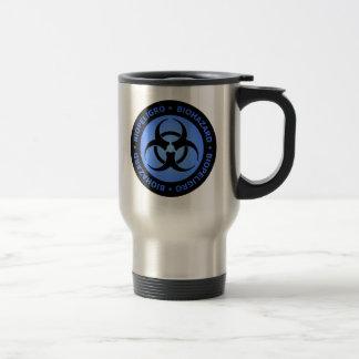 Blaue Biogefährdung-Warnung Reisebecher