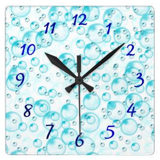 blaue blubbles Uhr