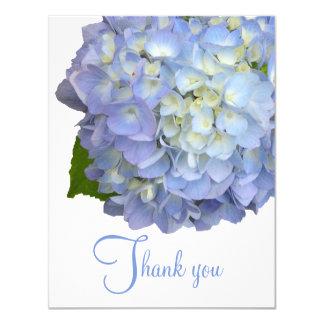 Blaue Blumen danken Ihnen leere flache Karten Karte
