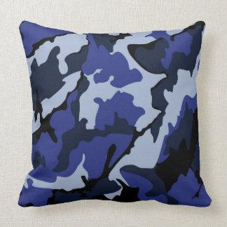 "Blaue Camouflage, Throw-Kissen 20"" x 20"" Kissen"