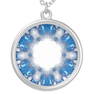Blaue Diamanten Versilberte Kette