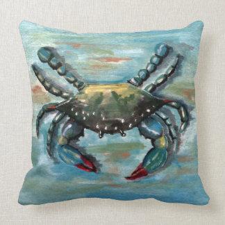 Blaue Krabbe auf Blau Kissen