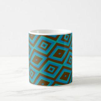 Blaue und braune Tasse