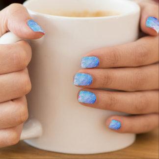 Blaue und lila Pfau-Feder Minx Nagelkunst