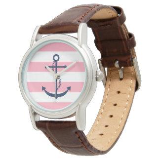 Blauer Anker auf den rosa und weißen Seestreifen Uhr