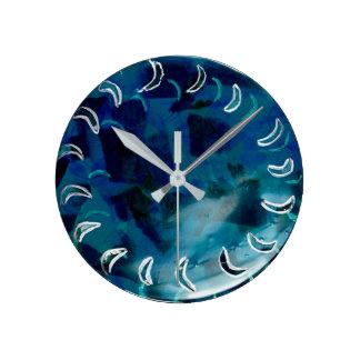 Blauer aquamariner abstrakter Watercolor Runde Wanduhr