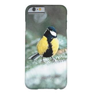 Blauer Chickadee auf grünem geziertem Baum Barely There iPhone 6 Hülle