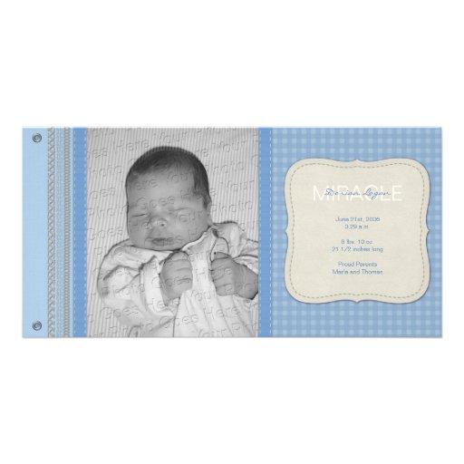 Blauer Gingham-Vintage Geburts-Mitteilung Foto Grußkarte